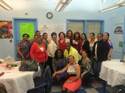 2014-ilchs-hosts-mothers-day-dinner